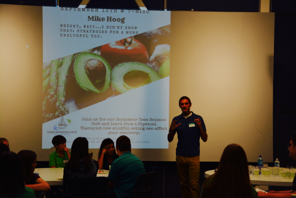 Presenter Mike Hoog talks to teens about making healthier eating choices.